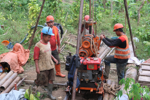 Pusjatan Lakukan Penelitian Skala Penuh Penanganan Longsoran dengan Teknologi Mortar Busa di Kabupaten Banyumas